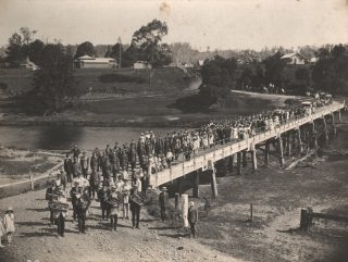 Bellingen Bridge, Recruitment March Circa 1915 - 00445